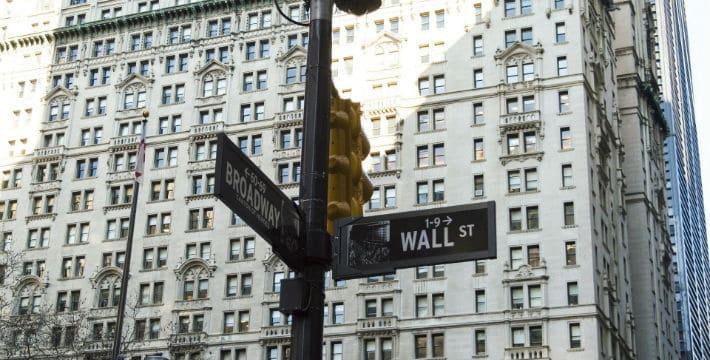 Wall Street Suffers Losses
