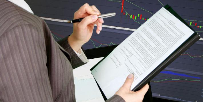 Wall Street Declines