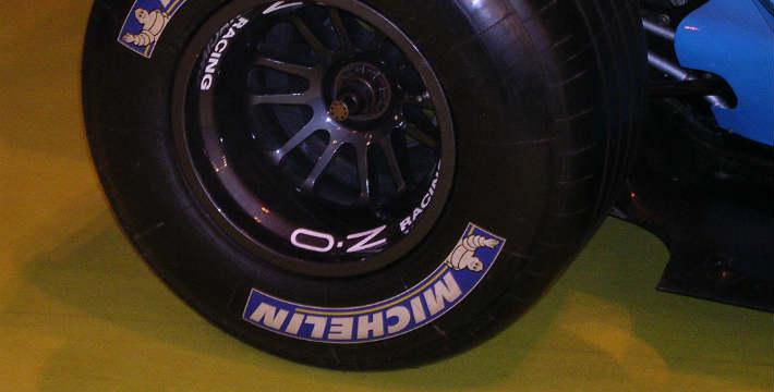Michelin Shares Gain