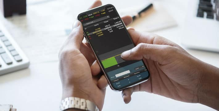 Trading Stock CFDs vs Real Stocks